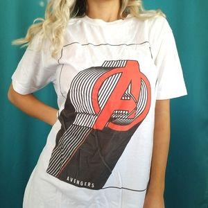 Marvel Avengers A symbol Graphic Tee unisex size M